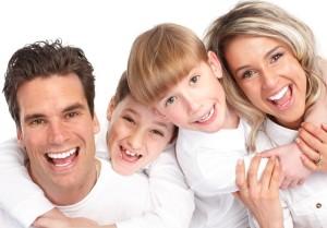 Що-потрібно-знати-про-процедуру-відбілювання-зубів
